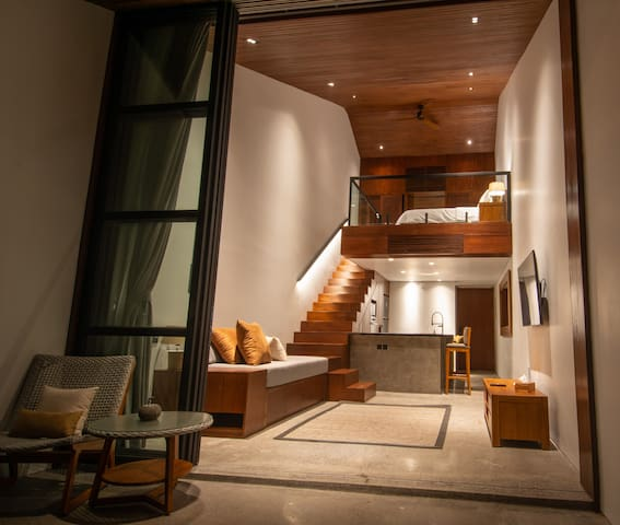 Brand New Beachside Sanur Stylish Loft Apartment
