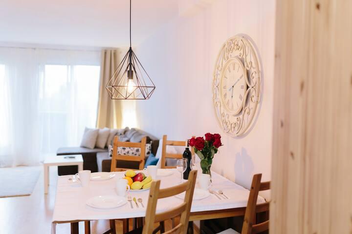 L&J Apartment's Aleja Bzów II