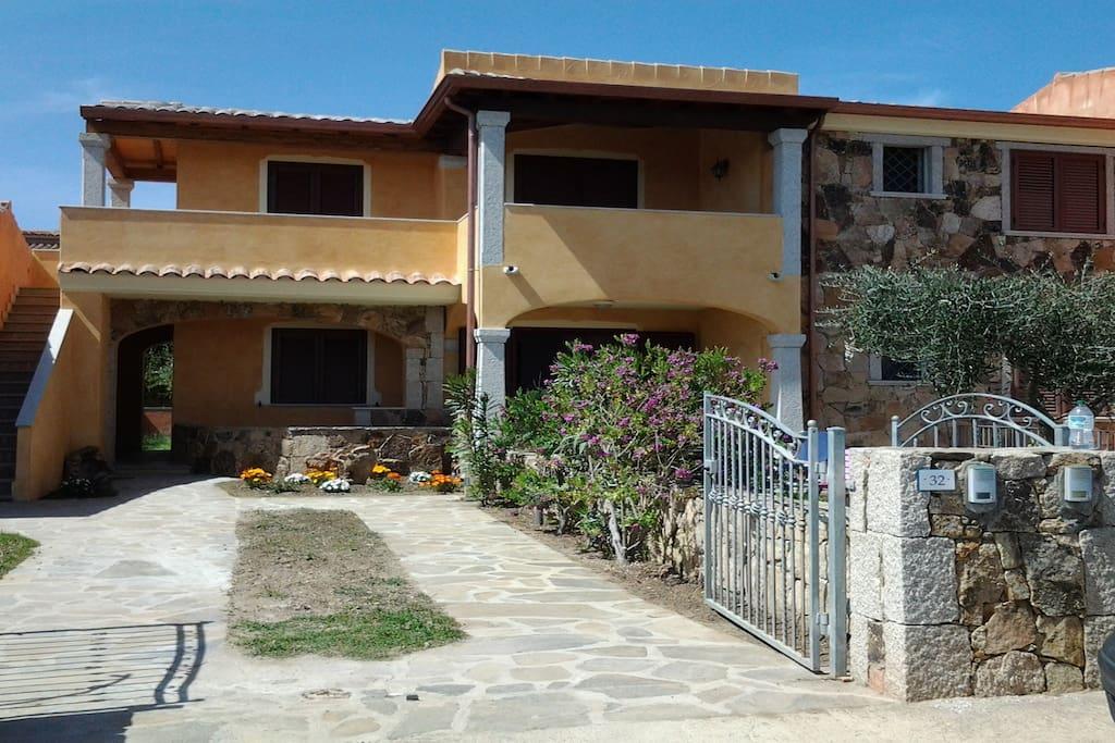 Casa angy appartamenti in affitto a budoni sardegna italia for Case a budoni in affitto