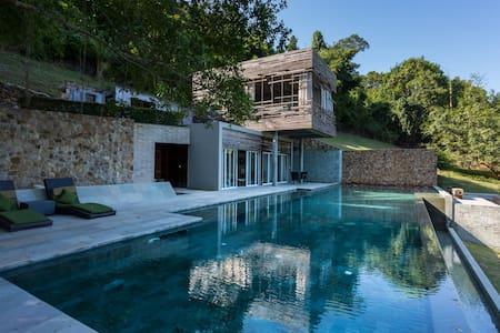 Villa des Palmes in Kep - Kep Beach - Dom