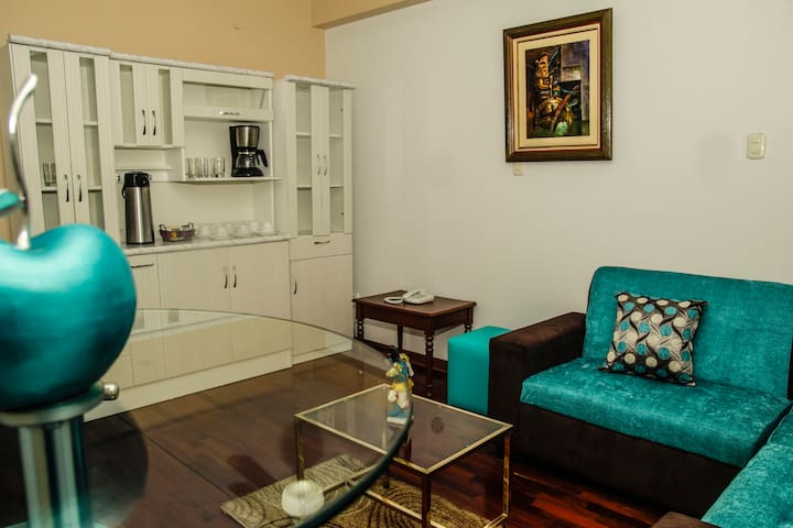 Cozy private rooms near Lima's airport