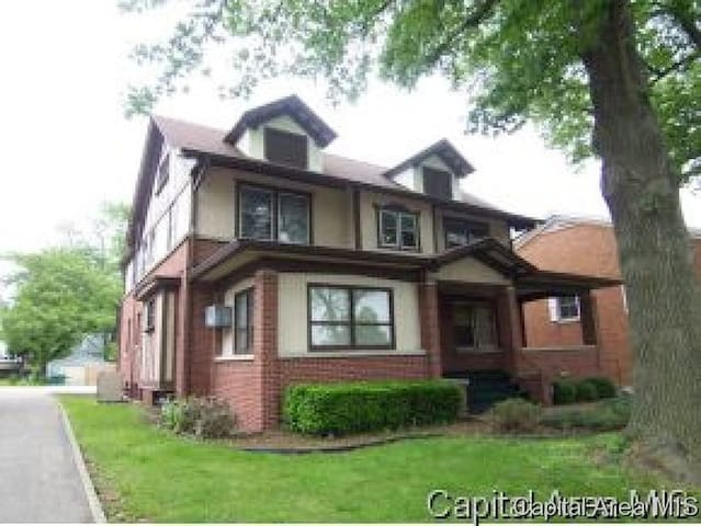 Large Beautiful 100 year old Home near Downtown - Springfield - Dom