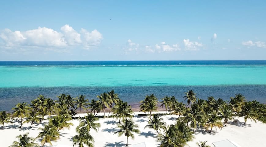 SeaClusion @ TUTO Largest Beach On Island