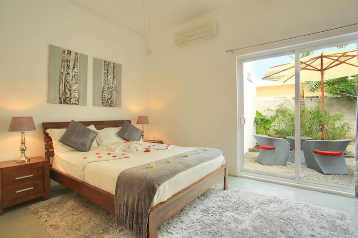 Lovely Comfort Room (RO)