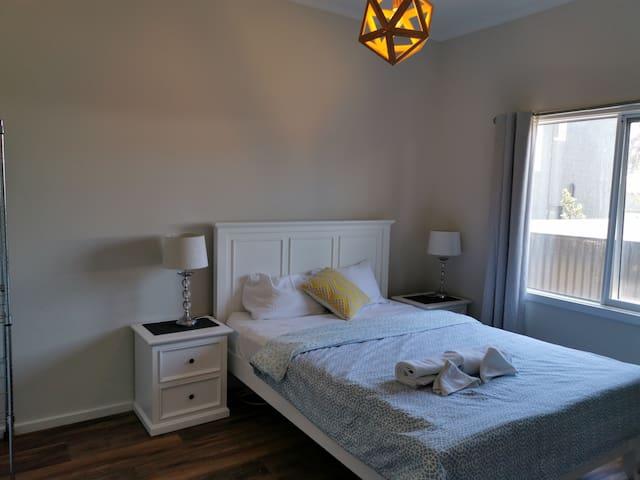 Bedroom 2 has queen size bedroom suite.