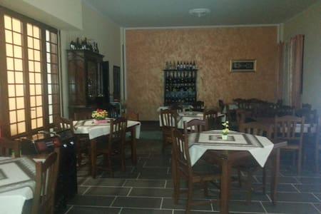 Camere accoglienti vicino Paestum