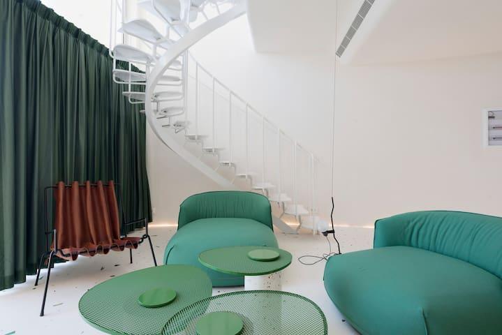 The Green Villa 4 - Seafront Duplex