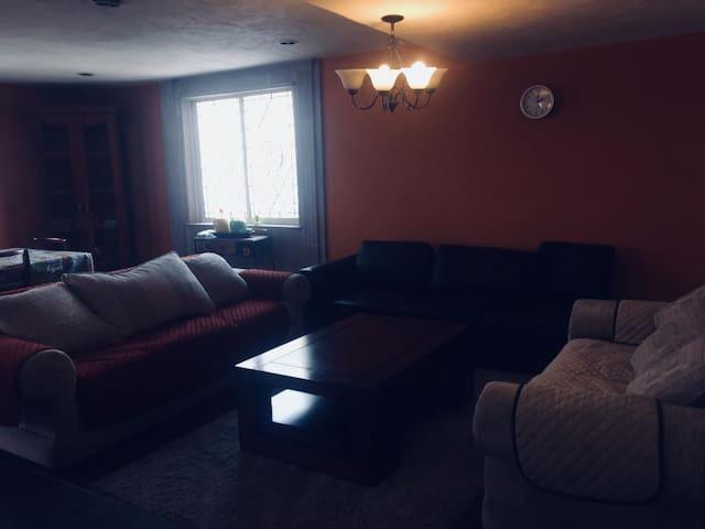 Nice foyer in zona sur (accesible)