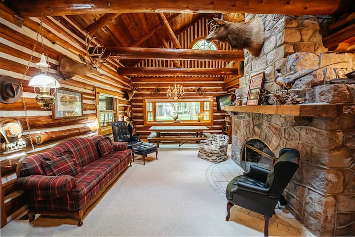 The Forks River lodge 10 secluded acres sleeps 18
