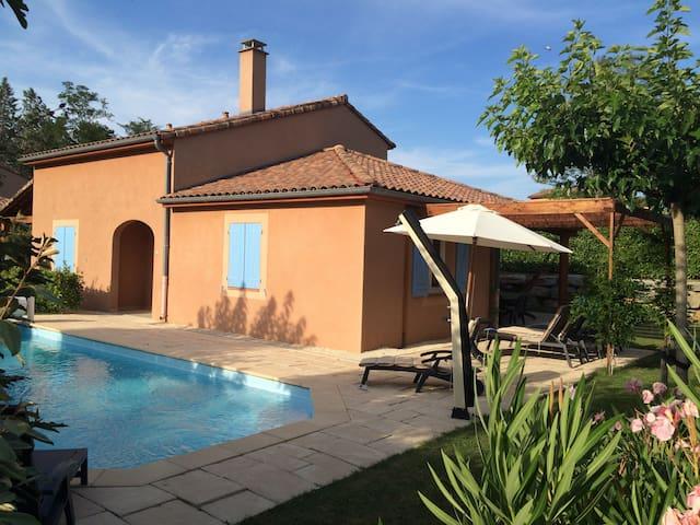 villa de luxe, 8 personnes, avec piscine privée