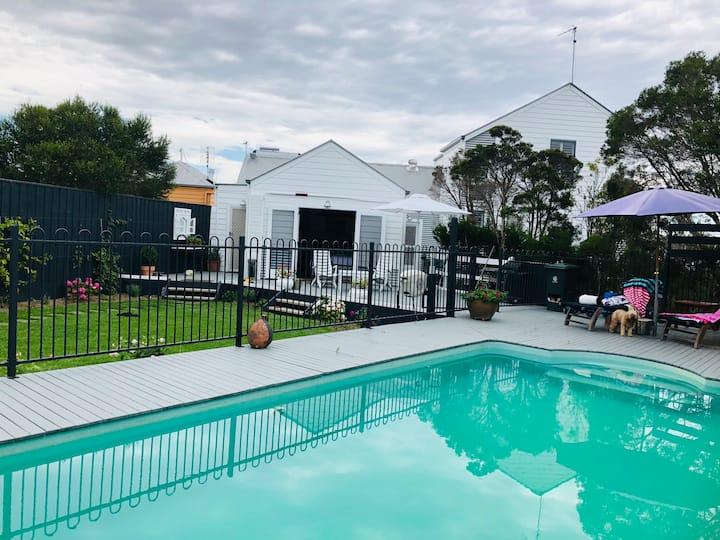 Pool side studio; koala island;small pets