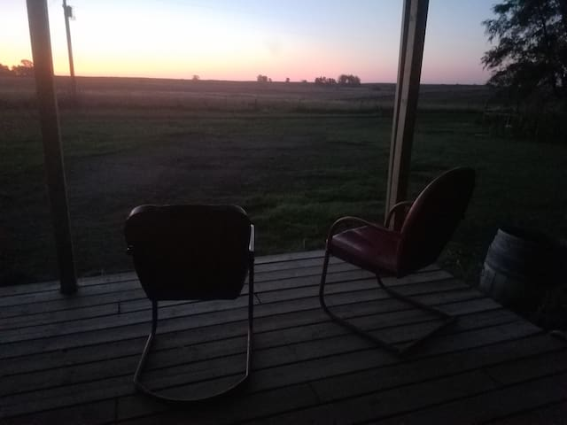 Sip Homestead Farms BnB - A Cozy Farmhouse