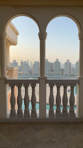 19th FLOOR 2BEDROOM APARTMENT w/ SPECTACULAR VIEW