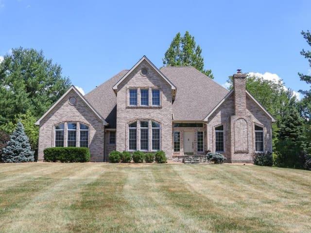 Amazing  home on 7 acres w/ inground pool