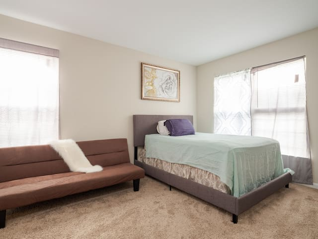 Spacious affordable clean Family Home