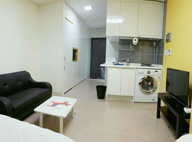 [유성온천역] New Apt. Clean & Private - Daejeon - Apartament