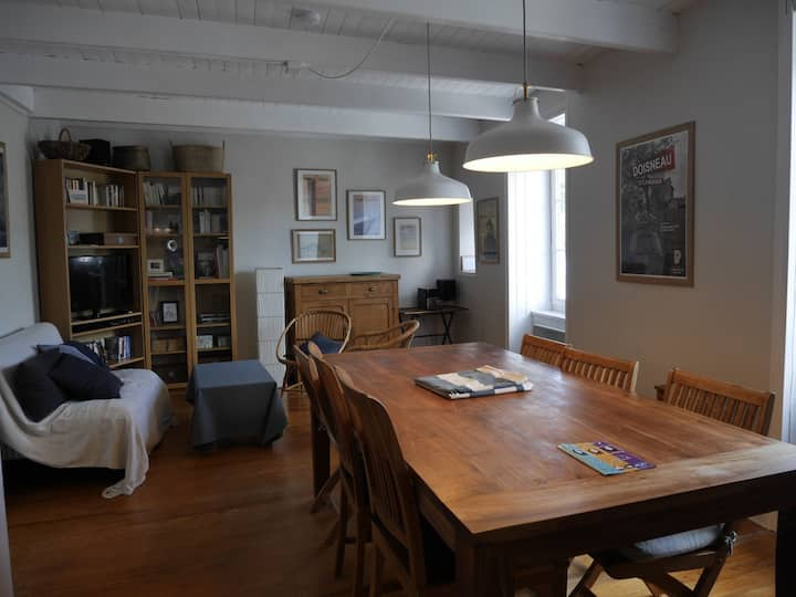 Appartement confortable sur le port de plaisance