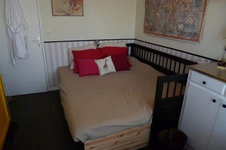 top 20 des locations de vacances franconville locations saisonni res et location d. Black Bedroom Furniture Sets. Home Design Ideas