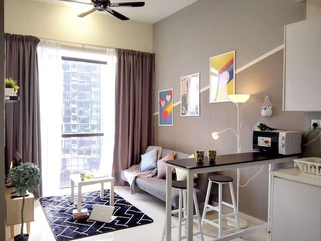 Cyberjaya Modern Grey 1 Bedroom Suite