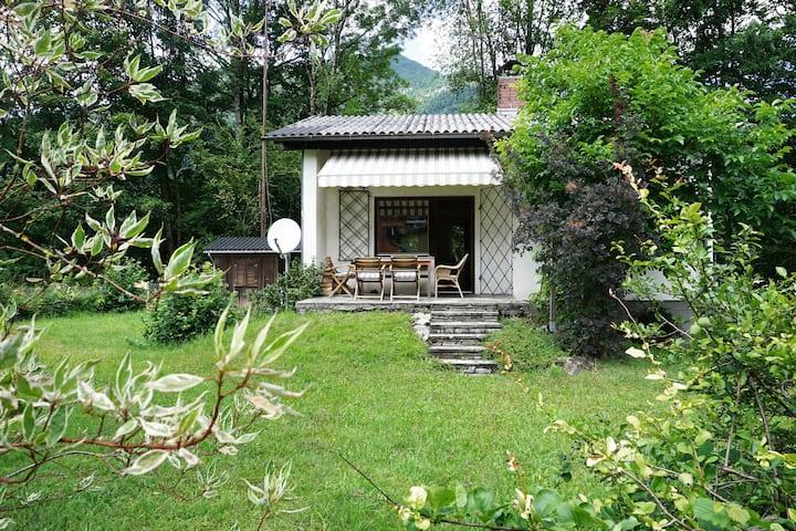 Charmantes Ferienhaus REZTAL mit wohligem Holzofen