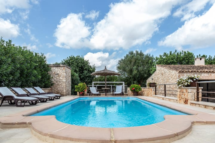 Holiday Home Son Moix with Mountain View, Wi-Fi, Garden, Terraces, Balcony & Pool; Parking Available, Pets Allowed