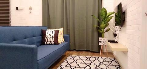 Affordable homestay (Izzy Homestay #2)