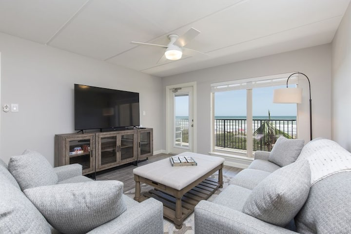 Suntide II 302 - What A View to Wake Up To, Pool, Hot Tub and Beach Activities Galore