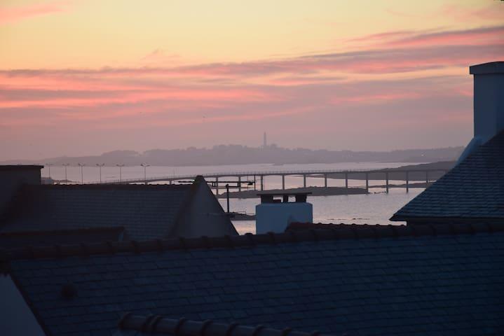 studio avec terrasse/vue sur Mer