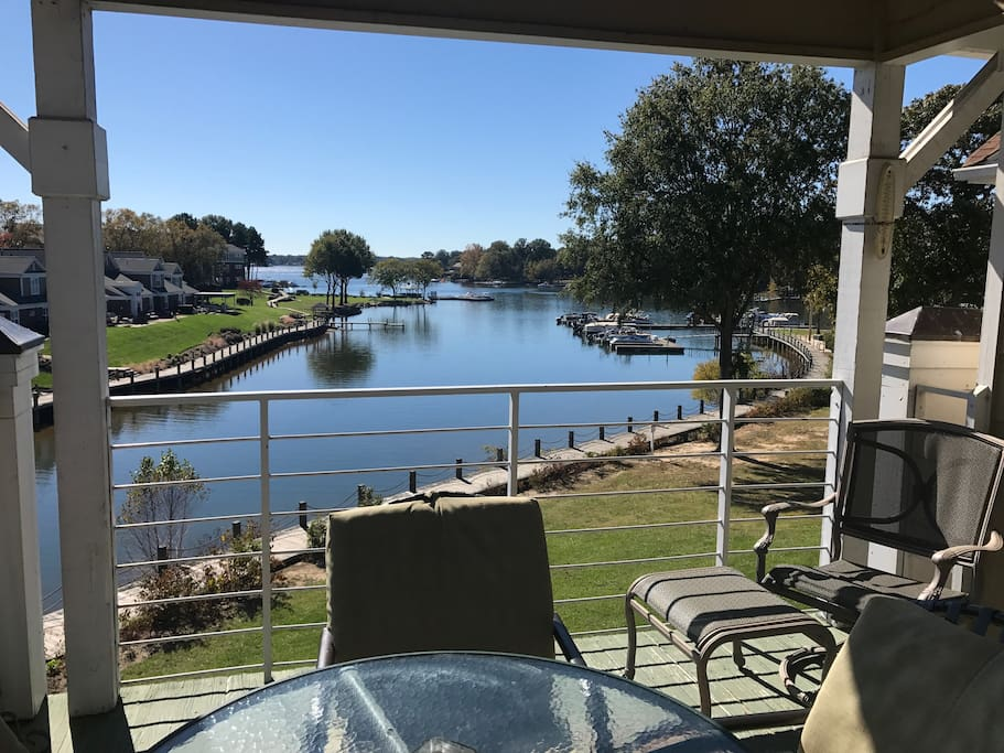 Lake Norman Condo3br 2ba W Boat Slip Pool Tennis Flats