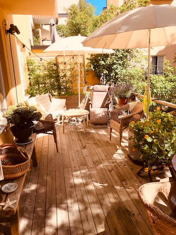 Cosy flat with a private terrace. In <3 of STHLM