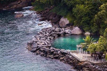 Cobertura Resort com total infraestrutura de lazer - Mangaratiba - アパート