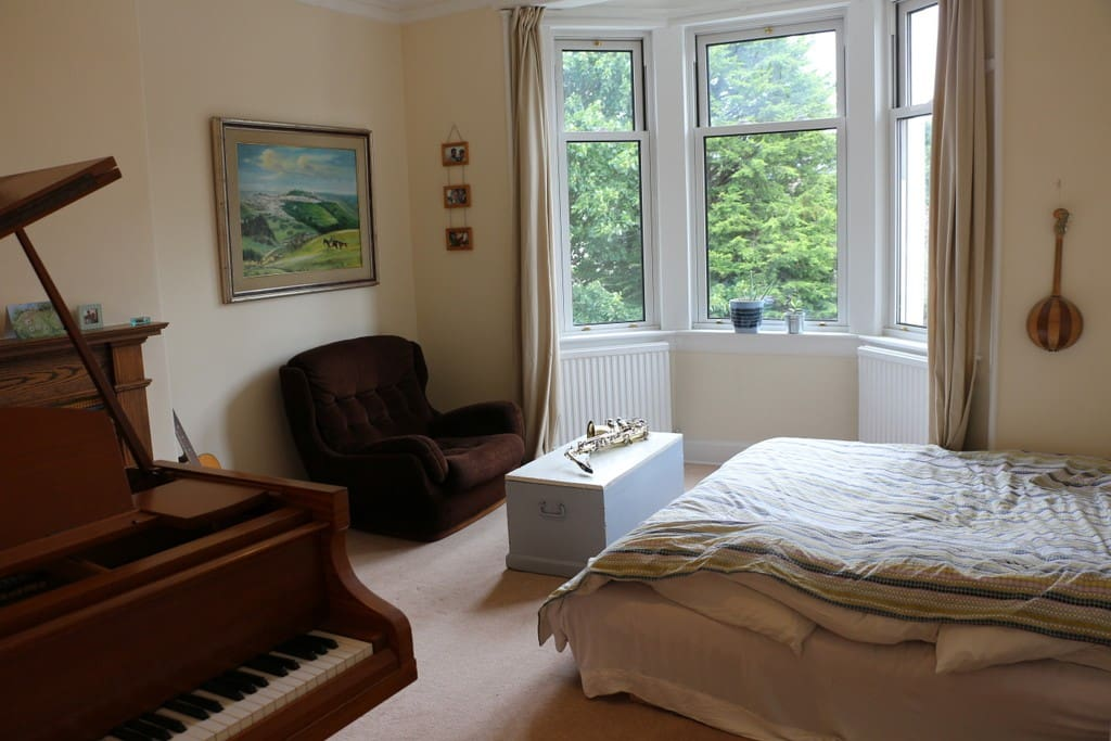 The Music Room with Super King Size Bed