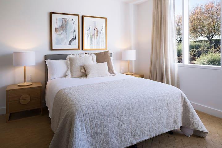 Sumptuous bedroom suite