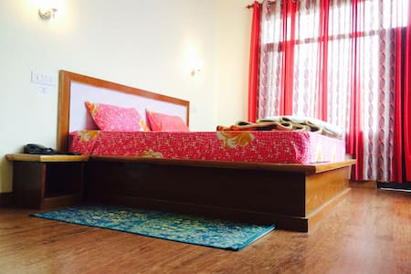 gracious stay with homely atmosphere - Shoghi
