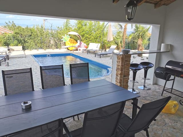 Outside dining table