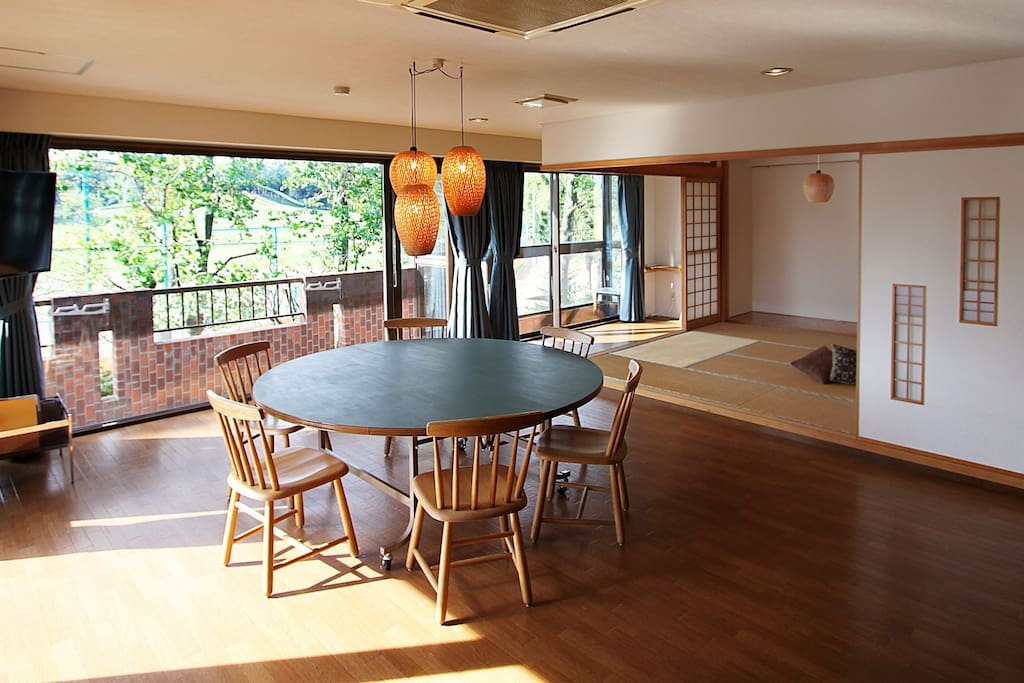 Welcome to your Sapporo home! These huge windows face a beautiful park just across the street, lots of light, green in summer and white in winter!