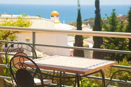 One bedroom apartment with sea view, ideal for families