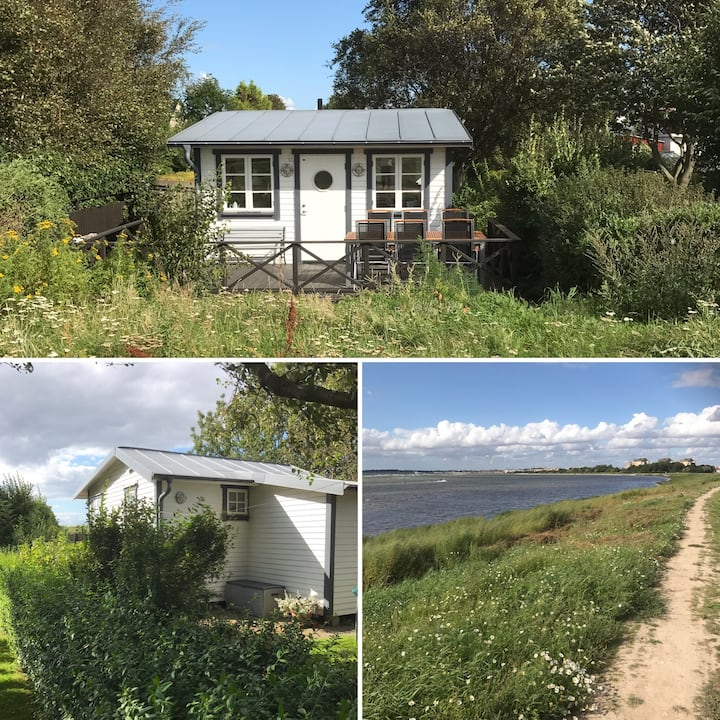 Cottage by the Sea, 25 sqm near Lund and Malmö.
