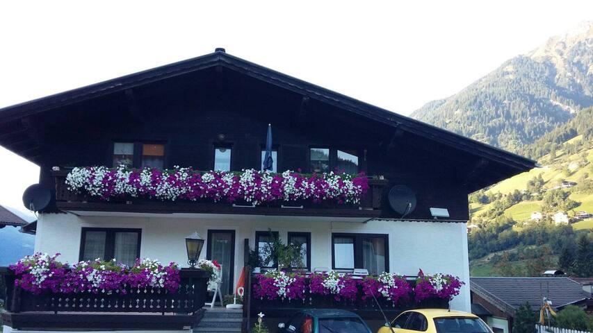 Haus Feichter - 1 Doppelzimmer - Bad Hofgastein - Bed & Breakfast