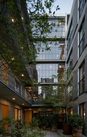 Bello apartamento de edificio Buenos Aires #2