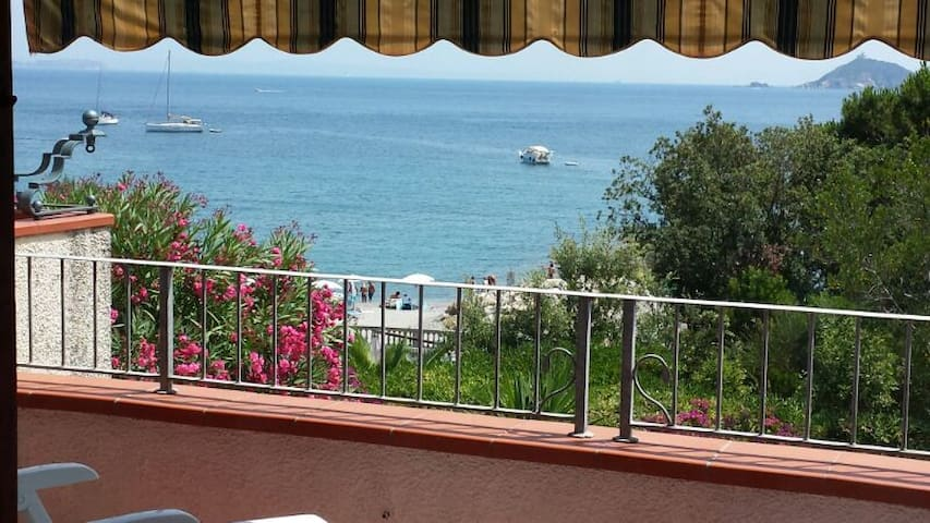 ISOLA D'ELBA LOC. CAVO A 100 MT DAL - Cavo - Appartement