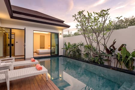 La Ville Romantic and Luxury Pool Villa