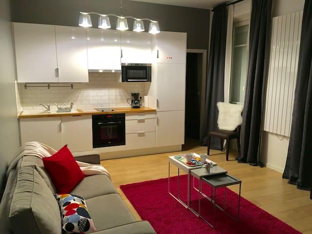 COSY 49 m² à 9 MINUTES de PARIS