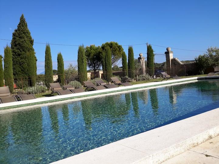 Drôme provençale, proche Grignan,  Vaison