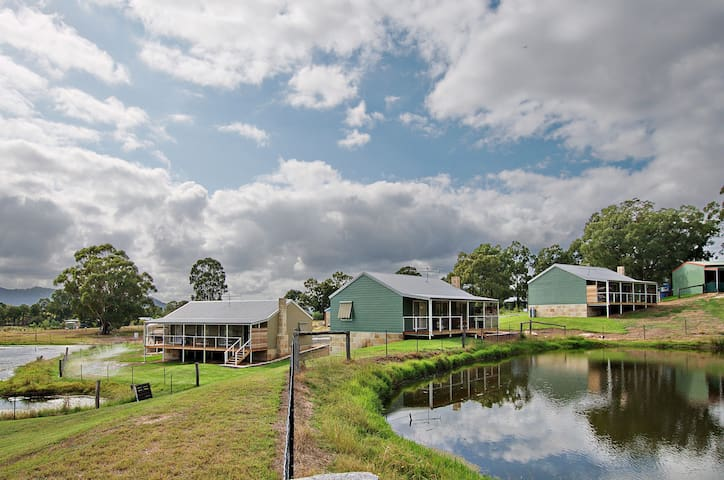 Stunning Waterview Cottage in our Alpaca Farm