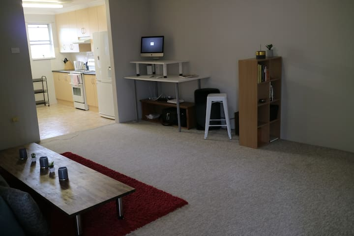 Private room close to the beach - Merewether - Apartment