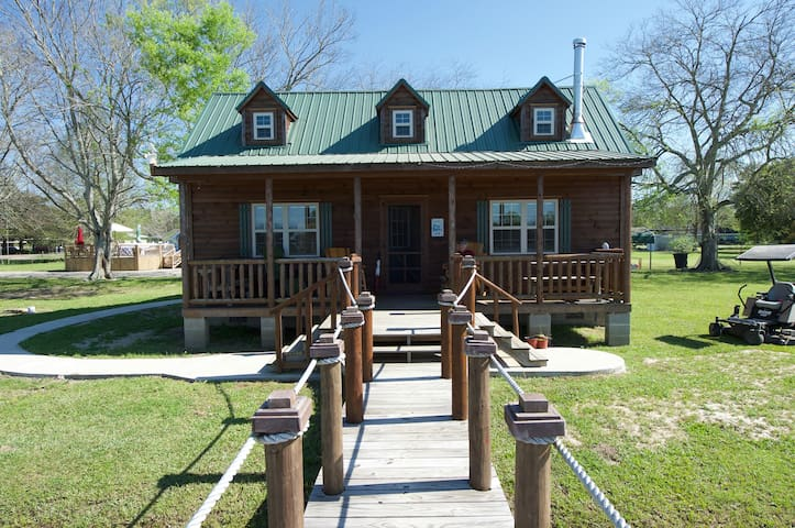 Cajun Acres Log Cabin