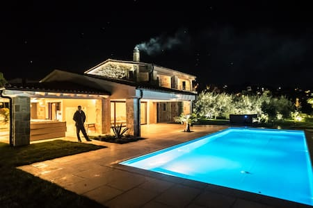 Luxury Villa in olive garden with infinity pool