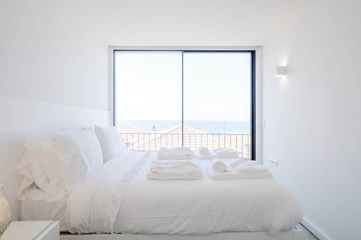 BOUTIQUE Rentals- BLISS BY THE SEA Apt-Ocean views
