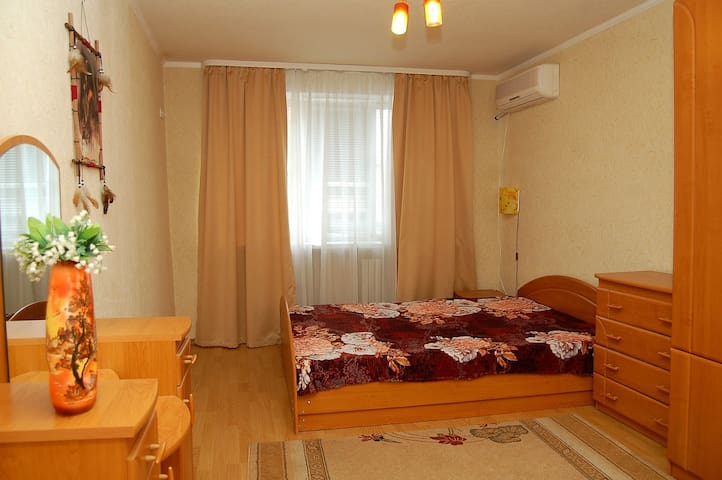 2-х комнатная квартира пл.Ленина